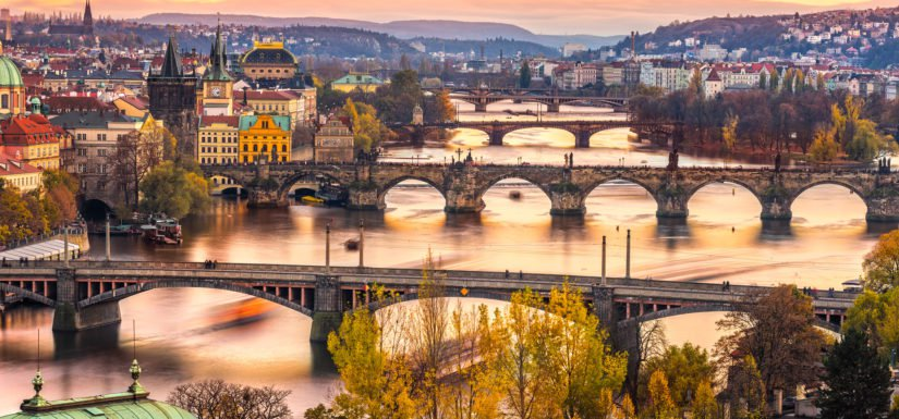 Czech Top 10 countries that travelers can survive the longest with a budget of 700 USD.