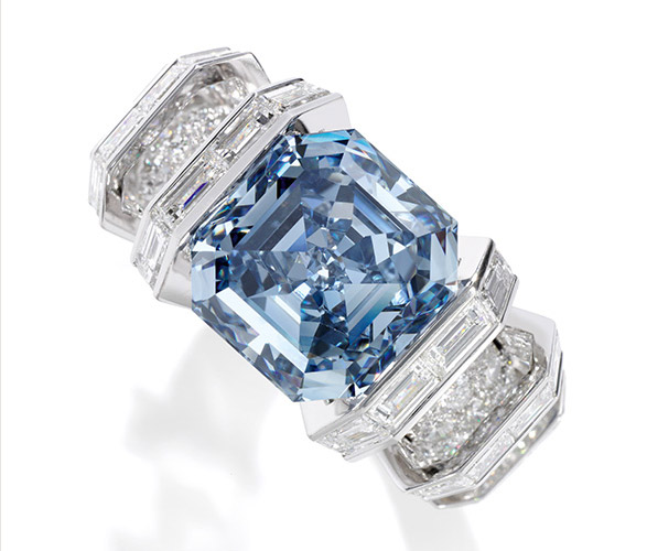 Sky-Blue-Diamond-Ring Top 10 most beautiful diamonds in the world.