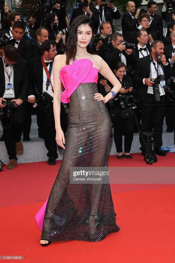 Sui-He-2 Sui He's wearing the shocking costumes on Cannes red carpet