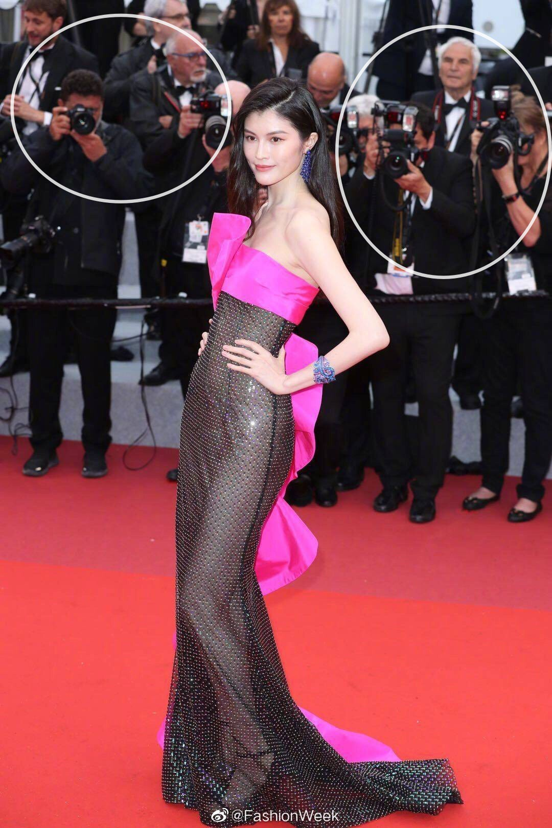 Sui-He-3 Sui He's wearing the shocking costumes on Cannes red carpet