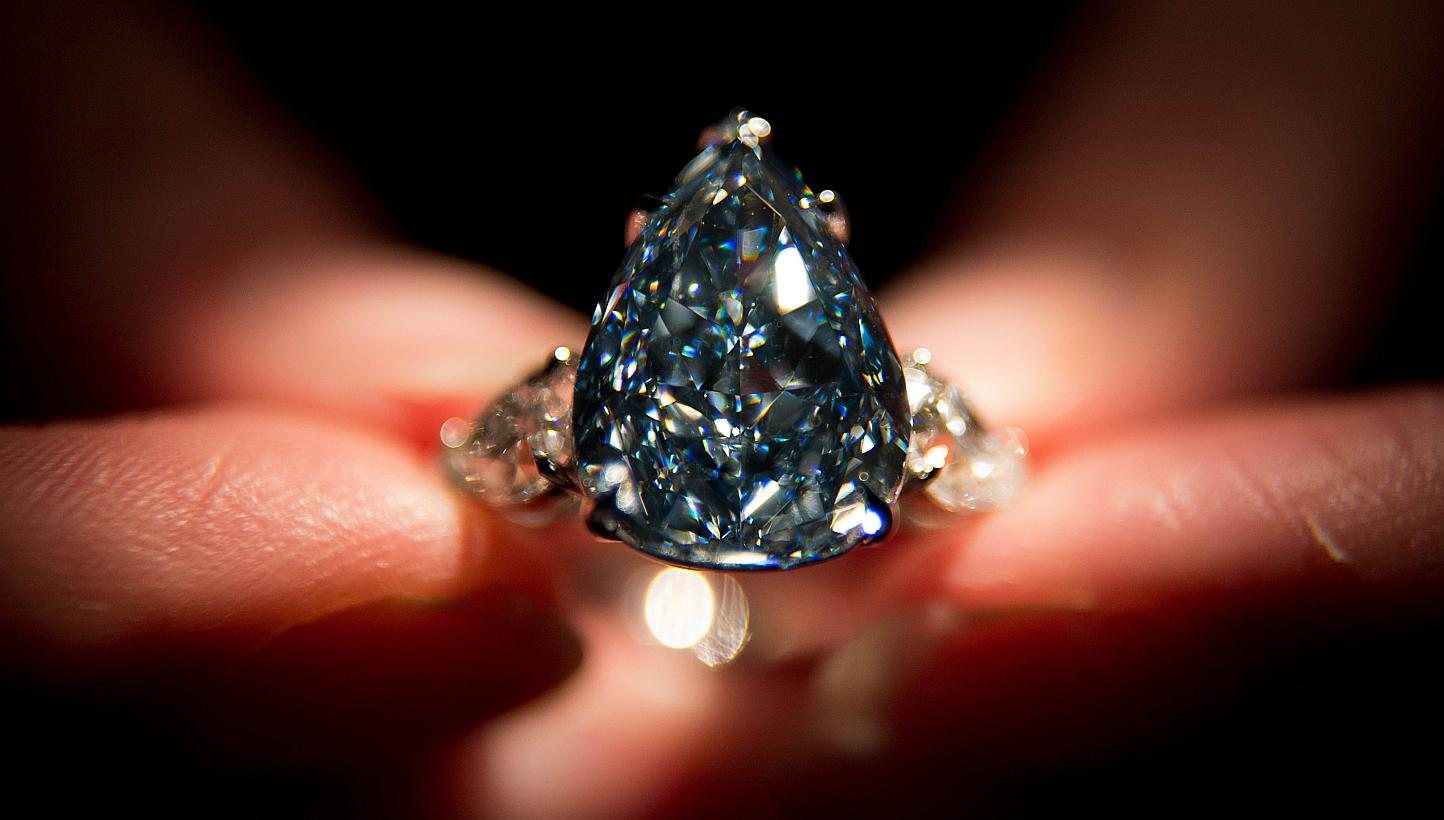 Winston-Blue Top 10 most beautiful diamonds in the world.